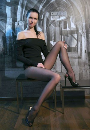 Teen Pussy In Pantyhose